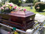 Consumers lose out in funeral industry lacking competition and regulation: study